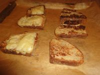 Die French Toast im Ofen überbacken.