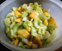 Mango-Sellerie-Salat