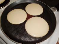 Man kann auch mehrere Pancakes auf einmal ausbacken. :-)